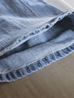 Tiny Tidbits: How to Hem Jeans like a Professional/hoe een jeans inkorten.