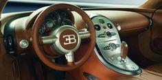Bugatti Veyronin tahallaan järveen ajaneelle miehelle linnatuomio