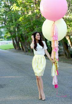 Oversized balloons and bubble skirts :) via Pink Peonies Balloon Tassel, Love Balloon, Balloon With Tassels, Girl Birthday, Birthday Parties, Happy Birthday, Large Balloons, Giant Balloons, Tulip Skirt