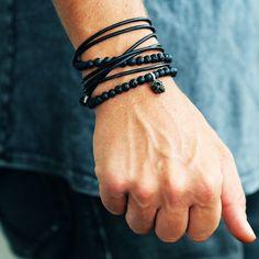 Mens Leather Wrap Armband schwarz Lava von carpediemjewellery