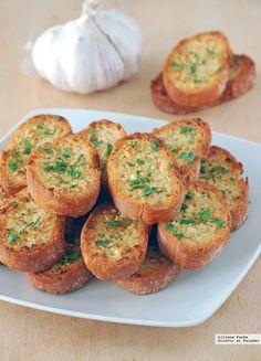 Recopilamos nuestras mejores recetas de platos con pan para que puedas cocinarlas fácilmente y disfrutarlas