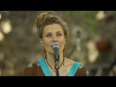 MIKROMUSIC Leć, uciekaj (Mikromusic z Dolnej Półki - Official Acoustic Live Video) - YouTube