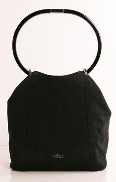 GUCCI  Entra nel modo della moda! fai un corso per diventare modellista di pelletteria www.scuoladiricamoaltamoda.it