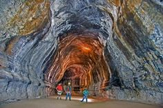 Oregon - caves in central Oregon