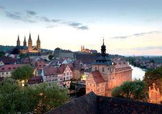 Descubre Las ciudades medievales más bonitas de Europa, una lista con los mejores rincones recomendados por millones de viajeros reales de todo el mundo.