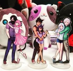 We are going to have a Black Friday Merch sale! This will launch a few items such as the Aaron and Aphmau wolf ears. The standees you see… Zane And Kawaii Chan, Zane Chan, Aphmau Merch, Aphmau Wallpaper, Aphmau My Street, Aphmau Pictures, Aphmau Youtube, Aarmau Fanart, Aphmau Characters