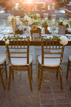 love the garland on the chairs
