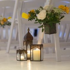 A Bright, Modern Wedding at 404NYC Venue in Manhattan Aisle Markers, Modern Vintage Weddings, Floral Wedding, Wedding Bouquets, Wedding Colors, Wedding Flowers, Wedding Stuff, Wedding Aisle Lanterns, Wedding Ceremony