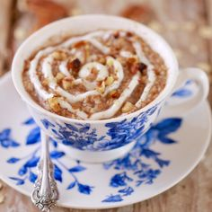 Cinnamon Roll Oatmeal - in a Mug- Microwaving this Cinnamon Roll Oatmeal is faster to make than store bought sachets AND you know what went into it. Perfect start to your day!