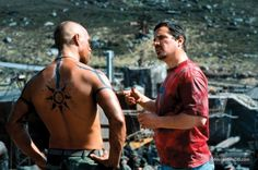 Reign of Fire behind the scenes photo of Matthew McConaughey