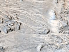 Channels on Mars Suggest It Once Rained on the Red Planet