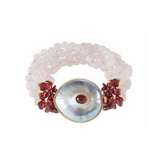 Rosequarz bracelett with garnet and double nautilus shell with golden rim and rhodonite cabochon. Capri, Nautilus Shell, Schmuck Design, Shells, Gold, Jewelry Design, Stud Earrings, Pink Quartz, Seashells