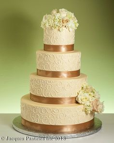 ribbon size for wedding cake champagne wedding cakes ivory wedding cake and ivory 19217