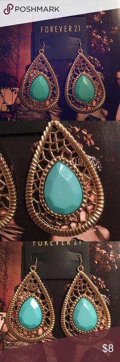 BRAND NEW New forever 21 earrings! Stunning!! Turquoise and gold!  Any questions, please ask me!☺️ Forever 21 Jewelry Earrings