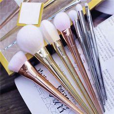7 Piece Cosmetic Brush Set