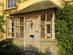 Cottage Front Doors Exterior : Cottage Front Door Designs – Door ...