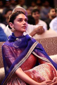 bollywoodmirchitadka: Aditi Rao Hydari at Cheliyaa Movie Audio Launch St. Pakistani Dresses, Indian Dresses, Indian Outfits, Indian Attire, Indian Wear, Lehenga Suit, Indian Designer Suits, Dress Indian Style, Kurti Designs Party Wear