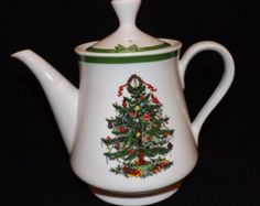 REDUCED!! Vintage Yule Tide by Georges Briard  -  Christmas China Made in Japan  -  Holiday Teapot  -  Christmas Tree Teapot