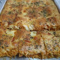 Torta de Frango Cremosa Strudel, My Favorite Food, Favorite Recipes, Latin Food, Quiche, Holiday Recipes, Pot Pie, Chicken Recipes, Food And Drink