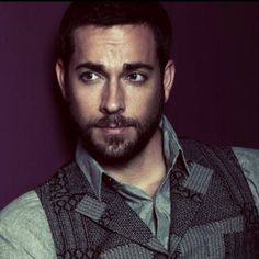 Zachary Levi, a very hot geek.  Love the geeks