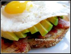 Fried egg, bacon & avocado sandwich