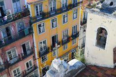 #lisboa #lovers #lisboalive #igersportugal #igers_lisbon #igers_lisboa #shooters_pt #perspective #portugalframes #travel #visitportugal #iloveportugal #street #lisbon  #bomregisto #gerador #p3top #oh_shot #oh_mag #portugalalive #details #faded_world #colors #portugalemperspectiva #wu_portugal #wu_lisboa #architecture #window #geometric #symmetric by daveguerra