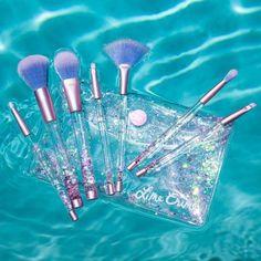 Aquarium Liquid Glitter Makeup Brushes | Vegan & Cruelty Free - Lime Crime
