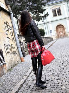 Black Rain Boots, Equestrian Outfits, Beautiful Outfits, Riding Boots, Leather Skirt, Satchel, Skirts, How To Wear, Fashion