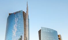 With a height of 231 meters (758 ft), UniCredit Tower is one of the tallest skyscrapers you can find in Italy. Designed by architect Cesar Pelli in 2011, it is the headquarters of UniCredit Bank and it's part of the development and requalification of the new business area, known as Porta Nuova district. It boasts a spire reaching towards the sky of about 84 meters with LED lights, which can change color.