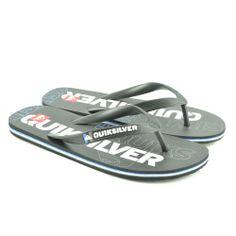 Flip flops planas de entrededo fabricadas con materiales de goma, con detalles de letras en la plantilla de la marca QUIKSILVER.