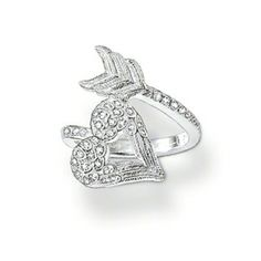 a few of my fav things. hearts, wings and arrows Thomas Sabo, Heart With Arrow, Cubic Zirconia Rings, Valentine Day Gifts, Heart Ring, Jewelry Accessories, Silver Rings, Engagement Rings, Jewels