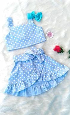 Discover recipes, home ideas, style inspiration and other ideas to try. Baby Girl Frocks, Frocks For Girls, Kids Frocks, Little Girl Outfits, Little Girl Dresses, Kids Outfits, Toddler Outfits, Cute Baby Clothes, Doll Clothes