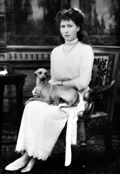Princess Mary, the Princess Royal, HM Queen Elizabeth's only aunt on the side of her father George VI.