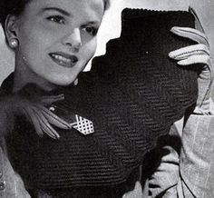 Gimp Bag No. 4821 crochet pattern from Handbags, originally published by Jack Frost Yarn Company, Volume No. 48, from 1945.