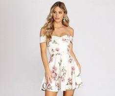 Different Types Of Dresses, Skater Style Dress, Windsor Dresses, Unique Dresses, Spring Outfits, Spring Fashion, Dress Outfits, Strapless Dress, White Dress