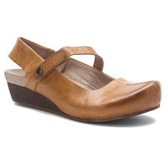 OTBT Springfield | Women's - Cashew Leather - FREE SHIPPING at OnlineShoes.com
