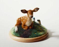 羊毛フェルト/子鹿の憩う丘