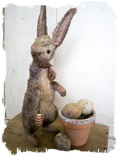 Antique style rabbit by Whendi's Bears