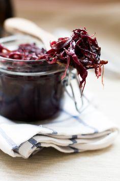 Karmelizowana czerwona cebula z octem balsamicznym