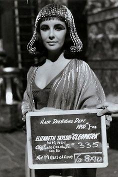 Costumes of Cleopatra - Elizabeth Taylor