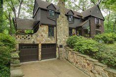 1929 Tudor Revival – Akron, OH – $425,000 | Old House Dreams Tudor Homes, Historic Homes For Sale, English Tudor, Old House Dreams, Old Houses, Style Ideas, Beautiful Homes, Exterior, House Design