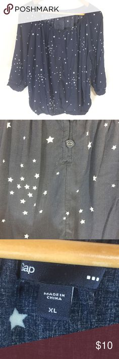 GAP Soft Rayon 3/4 Sleeve Starry Blouse Take your inspiration from the night sky with this bloused 3/4 sleeve top from the GAP. I loved how breezy this top was, perfect for cold spring and summer nights! GAP Tops Blouses