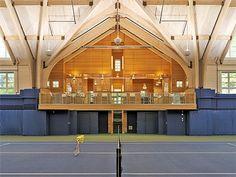 Indoor tennis court http://www.centroreservas.com/index.php