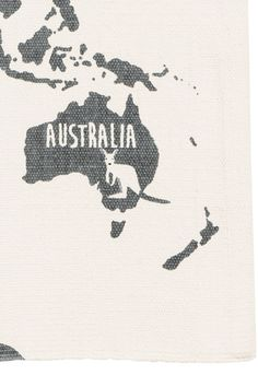 World map-motif cotton rug - White/Animal - Home All | H&M GB 2