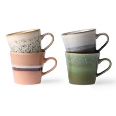 Ceramic cappucino mugs in seventies style. Fresh update of the ceramics cappuccino mugs. A set of four cappuccino mugs in different colours. Cappuccino Tassen, Cappuccino Mugs, Style Année 70, Style Retro, Style Brut, Italian Coffee, Turkish Coffee, Home Decor Online, Living Styles