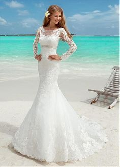 Buy discount Elegant Tulle Bateau Neckline Mermaid Wedding Dresses With Lace Appliques at Dressilyme.com