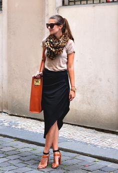 Celine  Gafas / Gafas de sol, Zara  Pañuelos / Bufandas / Echarpes and Zara  Camisetas