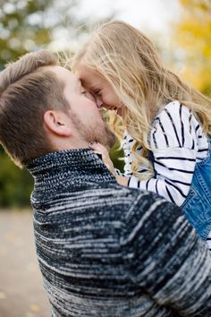 Fall Colorado Family Photo Session - Inspired By This  SO CUTE.