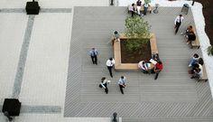 Firmenterrasse mit WPC Terrassendielen von oben fotografiert