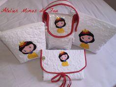 https://flic.kr/p/zhN2zV | Kit para Bebê Branca de Neve | Kit contendo: duas nécessaires, um Porta Fraldas e um Trocador Portátil.